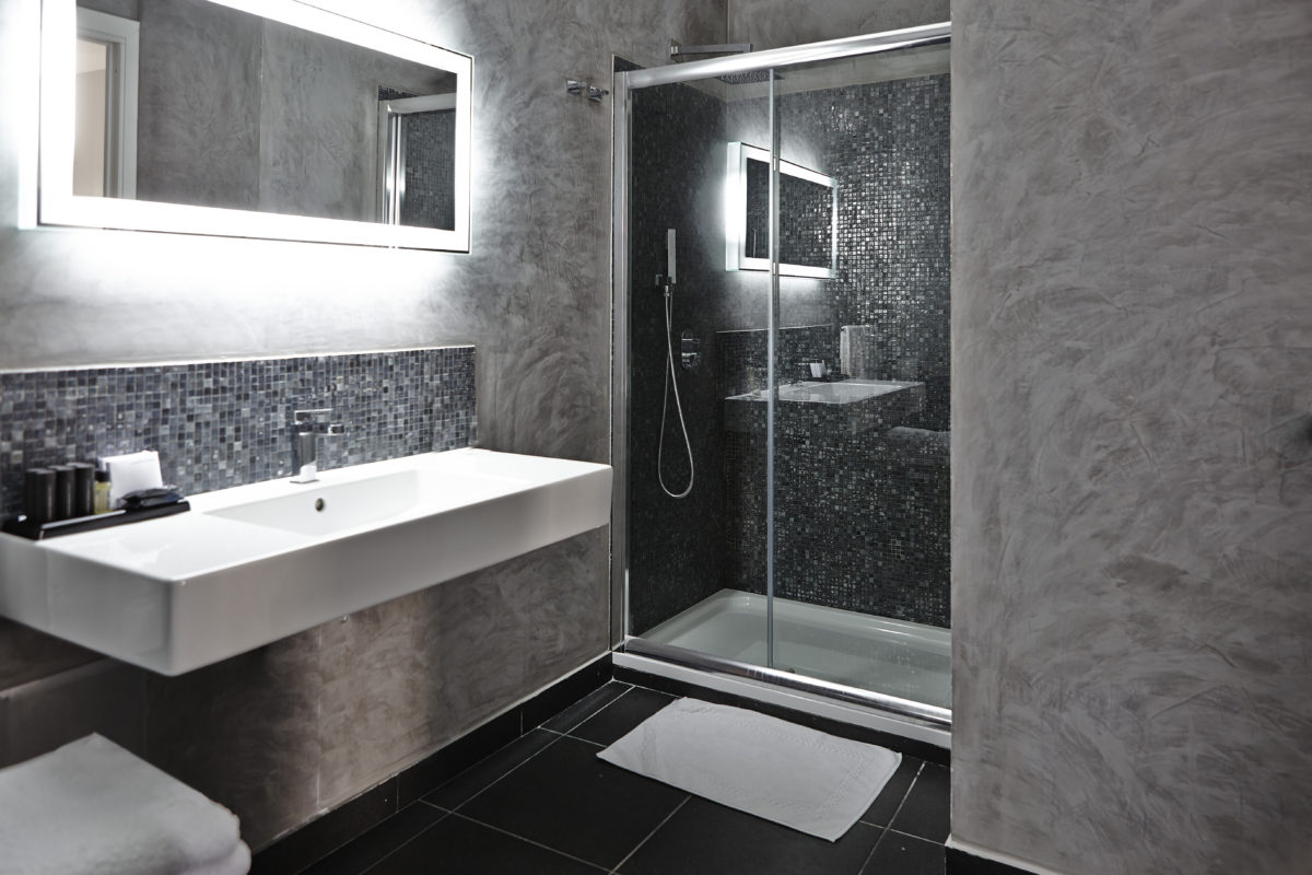 Bath in Chromoterapy Suite - Procida